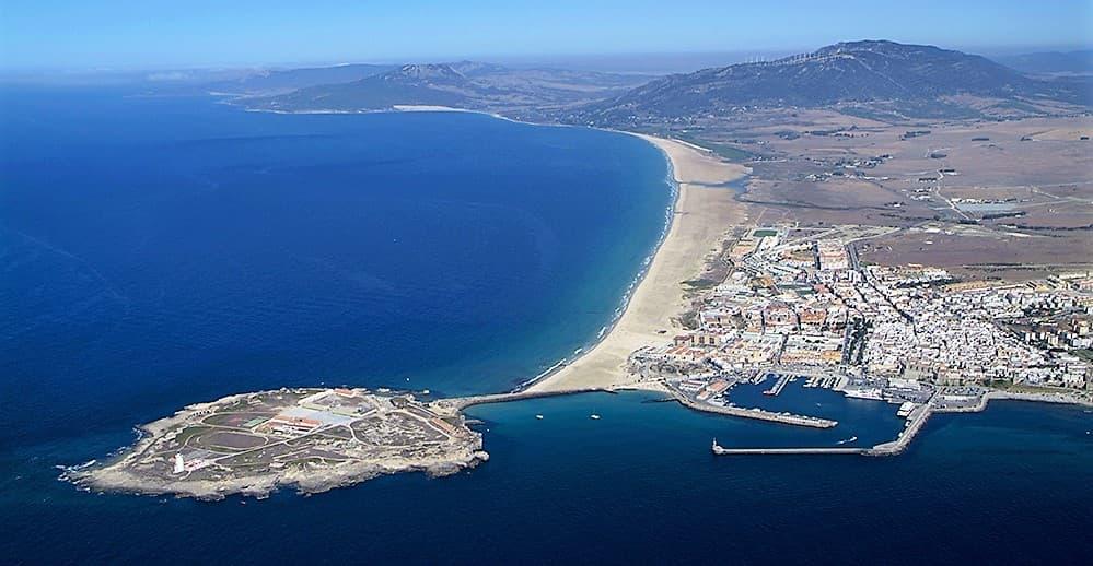 Playa y pueblo Tarifa